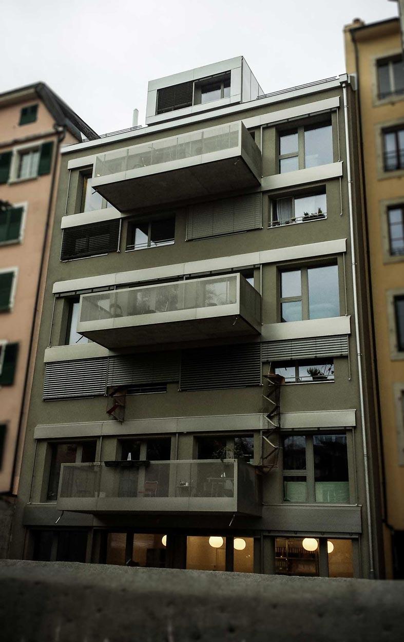 Habillages de balcons et de caissons de store