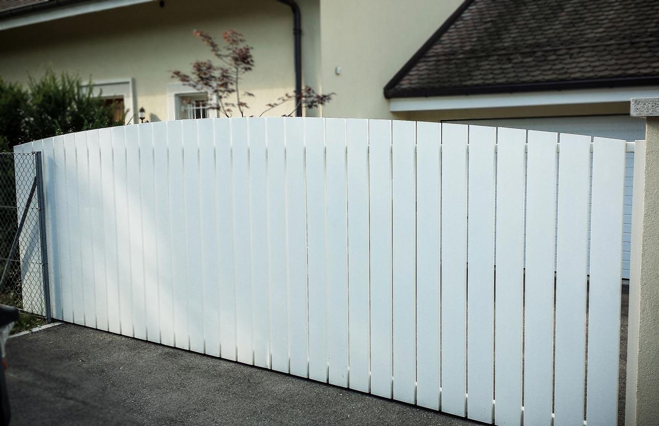 Portail et porte baciu constructions m talliques verre aluminium fer for Portail motorise coulissant