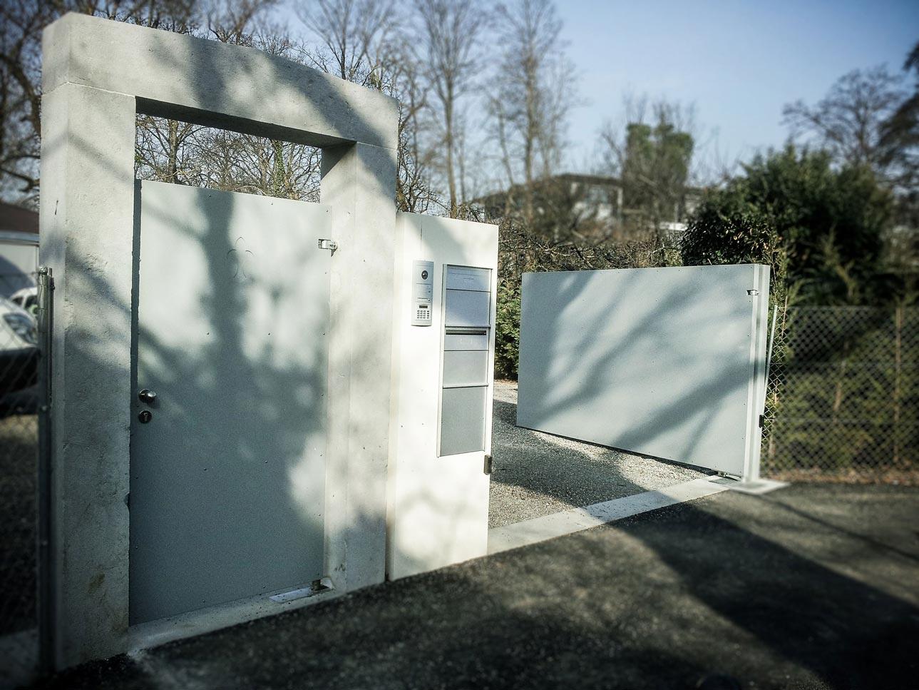 Portail et porte baciu constructions m talliques verre aluminium fer for Portail un battant